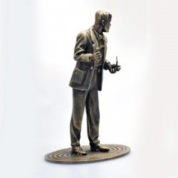 """Pixi Jacobs Blake et Mortimer - """"Bronze"""" Mortimer songeur avec sa pipe"""
