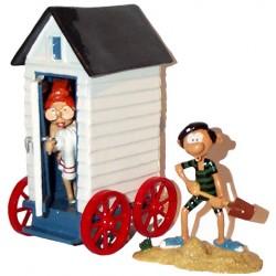 Pixi Franquin Gaston - Gaston et Mlle Jeanne sortant de sa cabine de plage