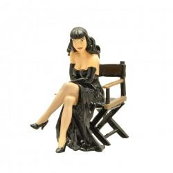 Pixi Berthet Pin-up - Pin-up fauteuil metteur en scène